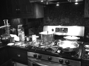 Mama's Messy Kitche
